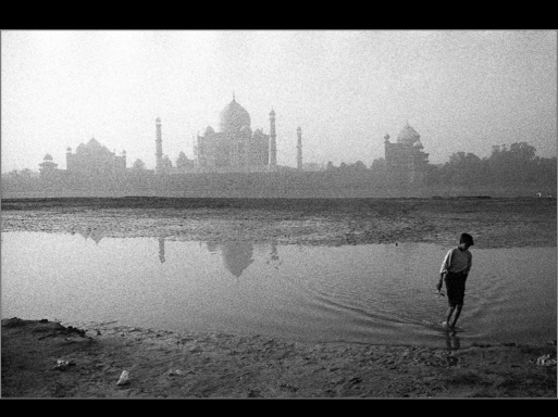Taj Mahal, Uthar Pradesh, 2002. B&W Kodak 400 asa film