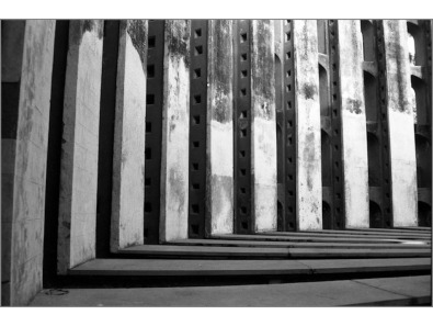 in Lines BW-07