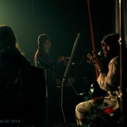 Vishesh and Agne performing while Rashmi Khurana doing alive painting.