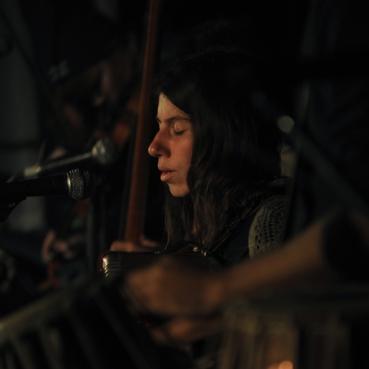 Agne performing